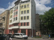 Приміщення в новозбудованому торново-офісному центрі в місті Львів.