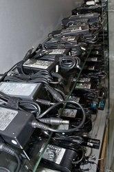 Зарядные устройства для ноутбуков.