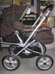 Продам прогулочную коляску . В комплект к коляске входят: чехол для но