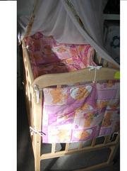 Продам новую детскую кроватку. 340 грн. Материал - ольха без лакокрасо